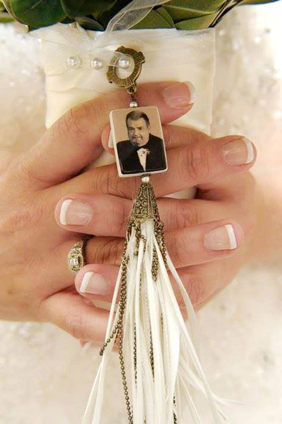 Vintage Style Bridal Bouquet Photo Memorial Charm with Goose Feathers - Medium