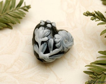 Midnight Garden Heart Focal Bead - Handmade Glass Lampwork Bead 11817005