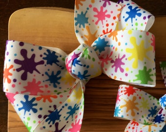 Paint party hair bow (LARGE) - art party, paint party, paint birthday party, splatter paint party, paint party favor, art party loot bag