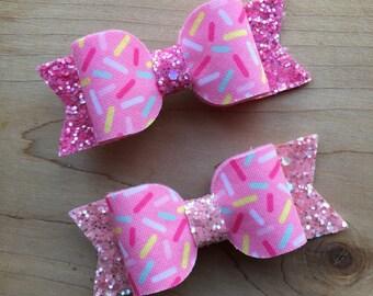 Donut Hair Bow, Sprinkles Bow, Donut Party Bow, Sprinkles Hair Bow, Sprinkles Glitter Bow, Sprinkles  Hair Bow, Rainbow Sprinkles