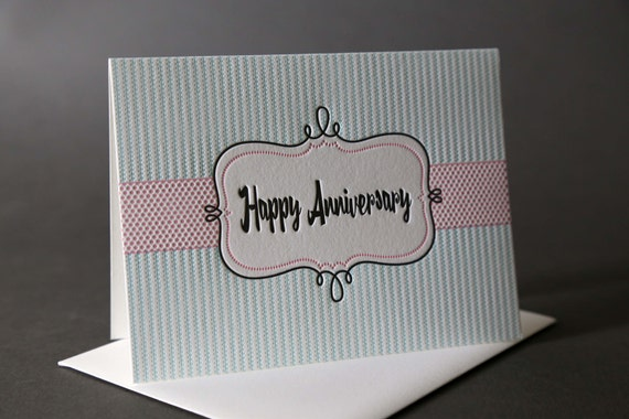 "Retro Frame ""Happy Anniversary"""
