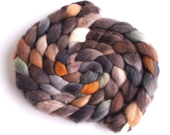 Falkland Wool Roving - Hand Dyed Spinning and Felting Fiber, Wyandotte Chick
