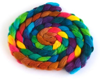 Organic Superwash Merino Roving - Handpainted Spinning Fiber, Color Hubbub