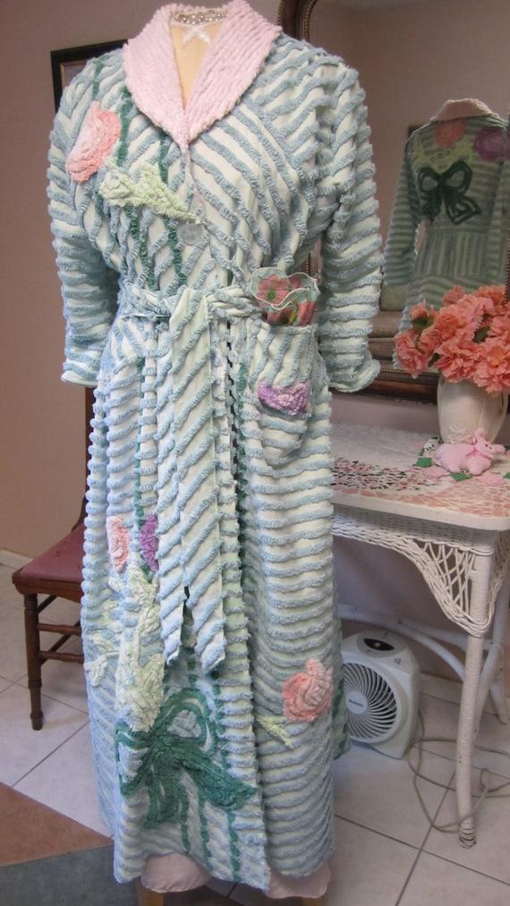 9dc8de7fcd ... Order  225.00 Item  41 Chenille Glamour Girl Bath Robe   Women Retro  Vintage Inspired