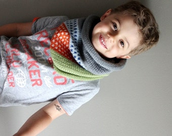 kids knit cowl in CONFETTI (vegan friendly)