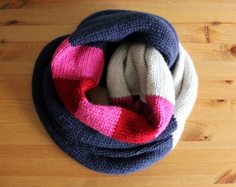 knit infinity scarf in CUSTOM COLOUR - vegan friendly - unisex