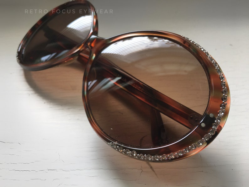 181fed9380 French Leo Sunglasses No Rx Lens Vintage 1970 s Round