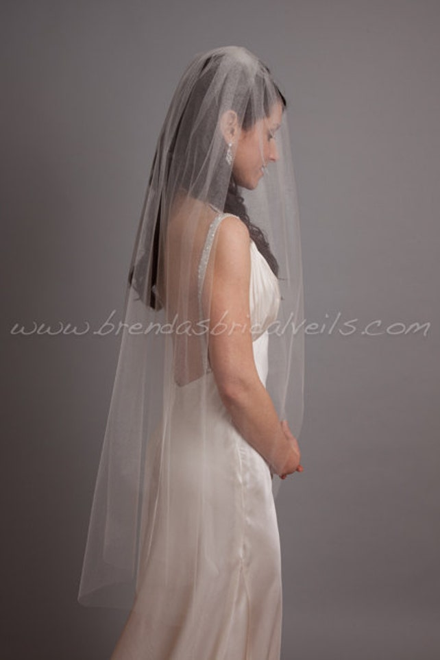 Bridal Veil,Tulle Bridal Veil Single Layer, Wedding Veil, Available in Many Lengths and Colors