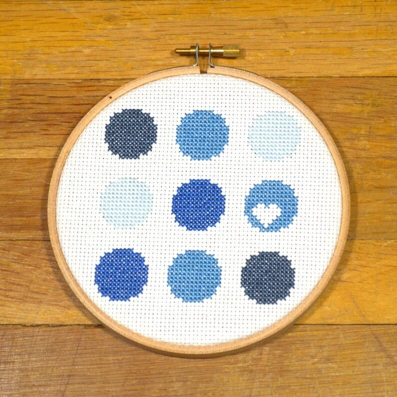 Blue Circles with Heart  easy cross stitch pattern PDF image 0