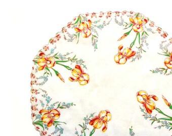 "Octagon Round Vintage Yellow Umber Iris Flowers Handkerchief Bluebells Green Leaves Scalloped Lace Edge Cream Rolled Hem 13"" Vintage Textile"