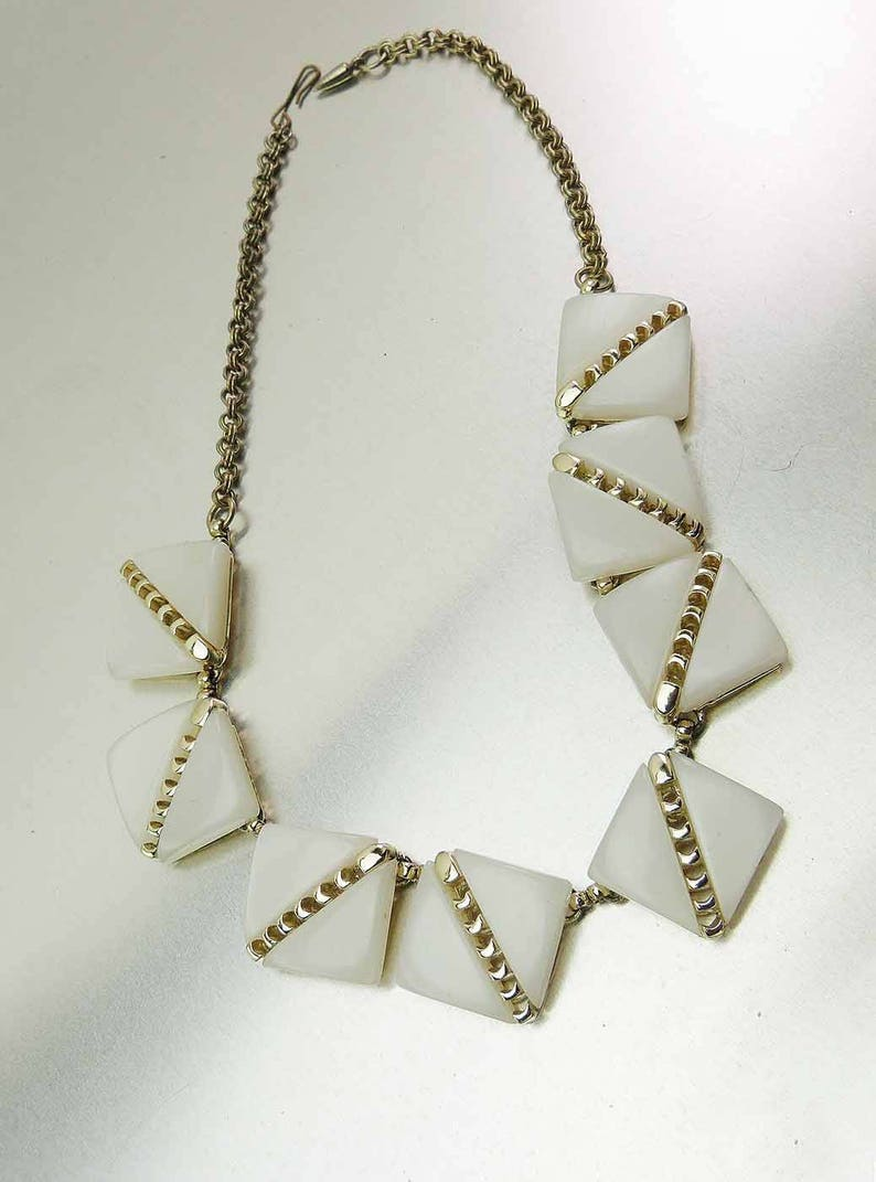 Large 1970s Vintage White Moonstone /& Gold Half Moon Lucite Chicklet Statement Choker Necklace Elegant Show Stopper Moonglow