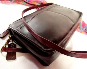 COACH Bag, New York City Reddish-Brown leather Coach, Coach shoulder purse, Cross-body Coach