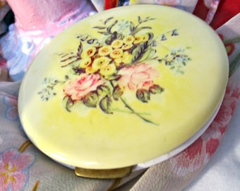 Very nice gift, Compact, Fifth REX Avenue Compact, 1930s Celluloid and Brass Compact, Mirror and Powder