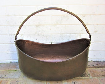 Antique Vintage Hand Hammered Copper Bucket Pot
