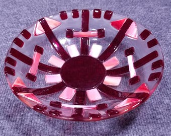 "Reds and corals 10"" Fused Glass Serving Bowl"