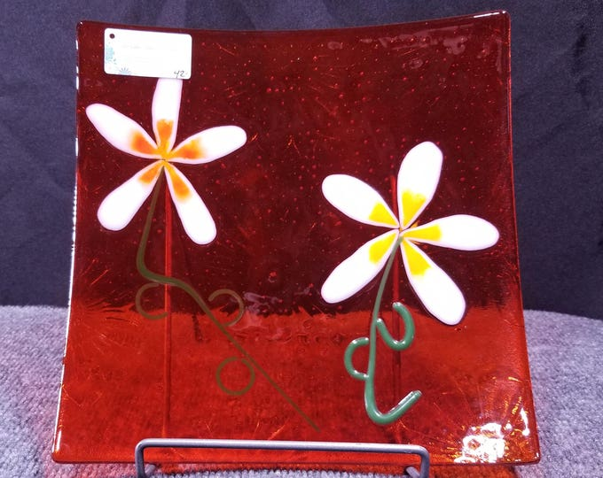 """Featured listing image: Lovely Daisy Fused Glass Plate, 10x10"""", Orange"""