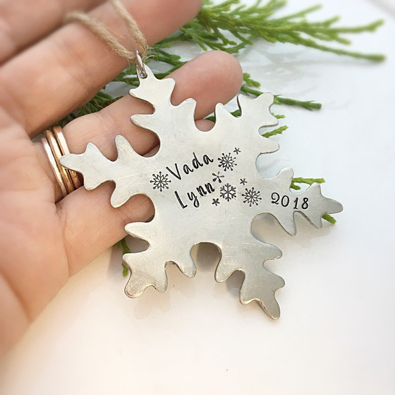 Snowflake Ornament Baby/'s First Christmas Ornament Personalized Baby Gift Personalized Christmas Ornament Christmas Tree Ornament