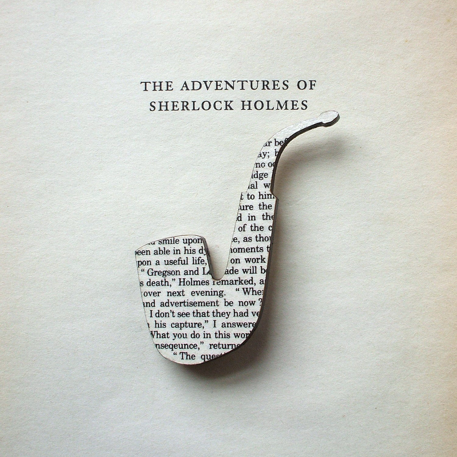 Sherlock Holmes Pipe brooch. Classic book brooches made with