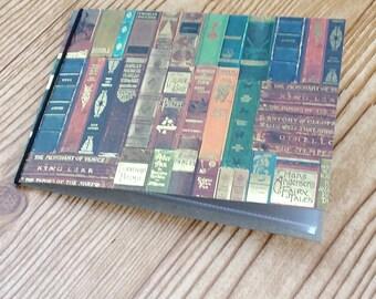4 x 6 mini photo album - library books - gold accents