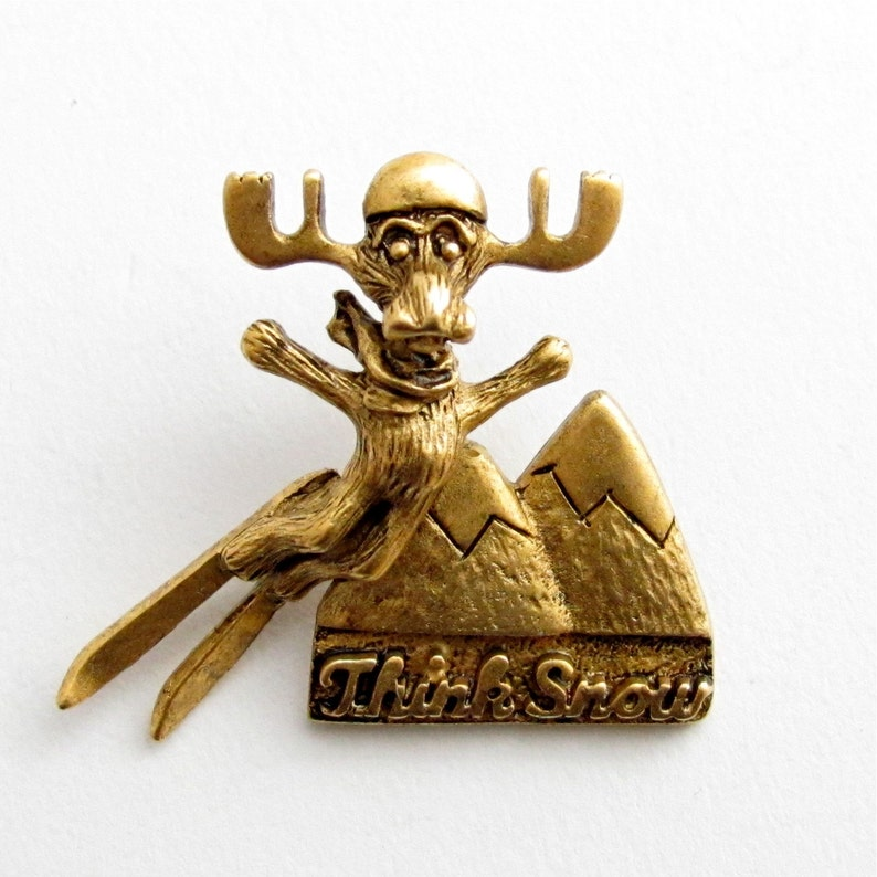 Markie Moose Ski Think Snow tac pin gold finish image 0