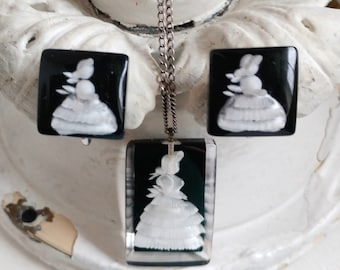 Vintage 1940s reverse carved lucite pendant necklace and earrings set white crinoline lady on black jewelry southern belle