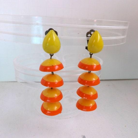 Mod 1960s, go go, yellow and orange plastic dangl… - image 3
