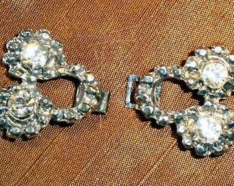 """Vintage silver metal frog with rhinestones 1 1/2"""" wide"""