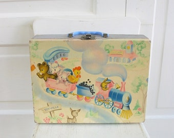 Vintage Child Suitcase, Child Case, Pink Blue Suitcase, Animal Suitcase, Margaret Holbrook, TrainCase, Doll Case, Child Train Case, Animal