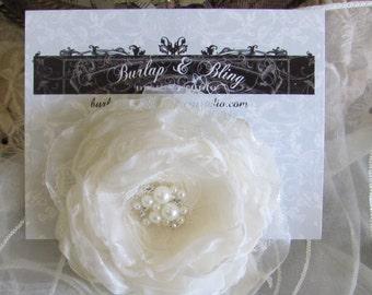 Ivory Bridal Hair Flower, Fabric Flower Hair Piece, Bridal Flower Hair Pin ,Wedding Hair Flower,Fascinator,Hair Accessory