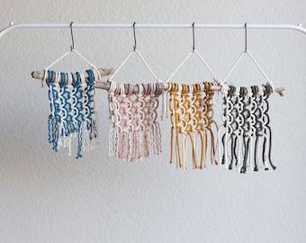 Pattern: DIY Macrame Wall Hanger Kit, Small Macrame Kit