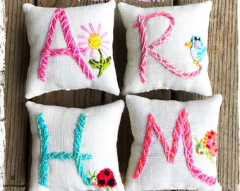 Personalized Gift New Baby Mothers Day Initial Mini Pillow with One Motif Simple Style Made to Order YelliKelli
