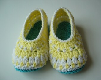 Ready to ship size 6-7 toddler slippers, crochet slippers, toddler 18-24 months, galilee booties, galilee slippers