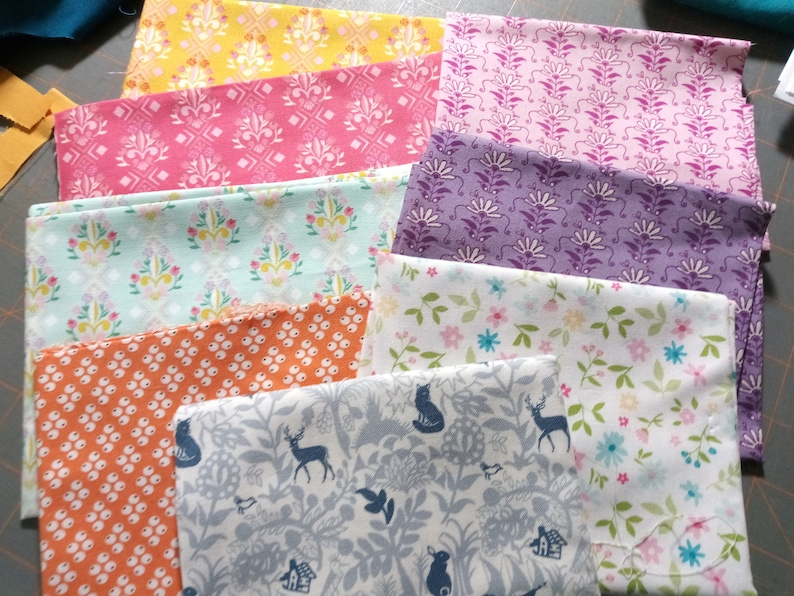 Clearance 8 fabric Bundle of 7 Fat Quarters and 1 piece of image 0