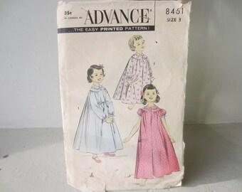 Advance 8461 Size 3 Child's Robe or Peignoir Pattern