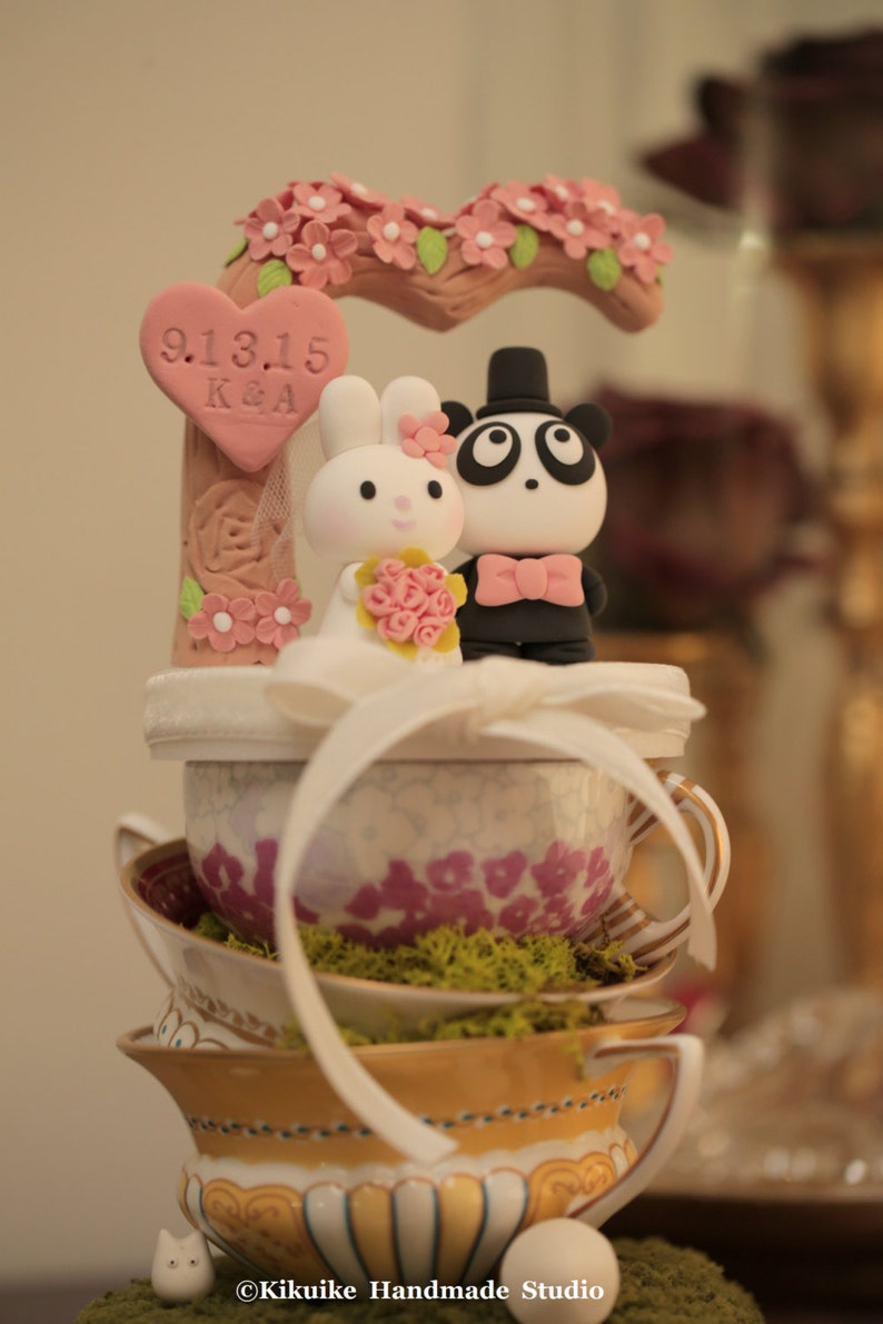 Koala and panda wedding cake topperkoala wedding cake ...