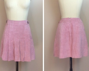 e55f88c68c2710 1990s Vintage Pink Leather Mini Skirt / 90s / Nineties High Waisted Pleated  Sueded Skirt / Size Medium / Large