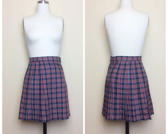 Vintage Red and Navy Plaid Pleated School Girl Skirt / Size Small