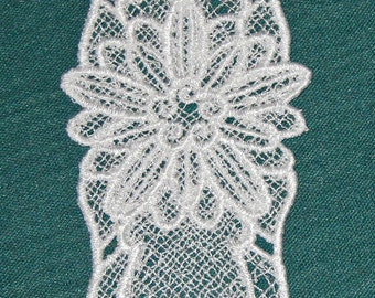 Lace, white, daisy bookmark, machine embroidery