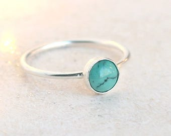 turquoise ring / sterling silver. turquoise stone ring. December birthstone ring. solitaire stacking ring. dainty turquoise gemstone ring.