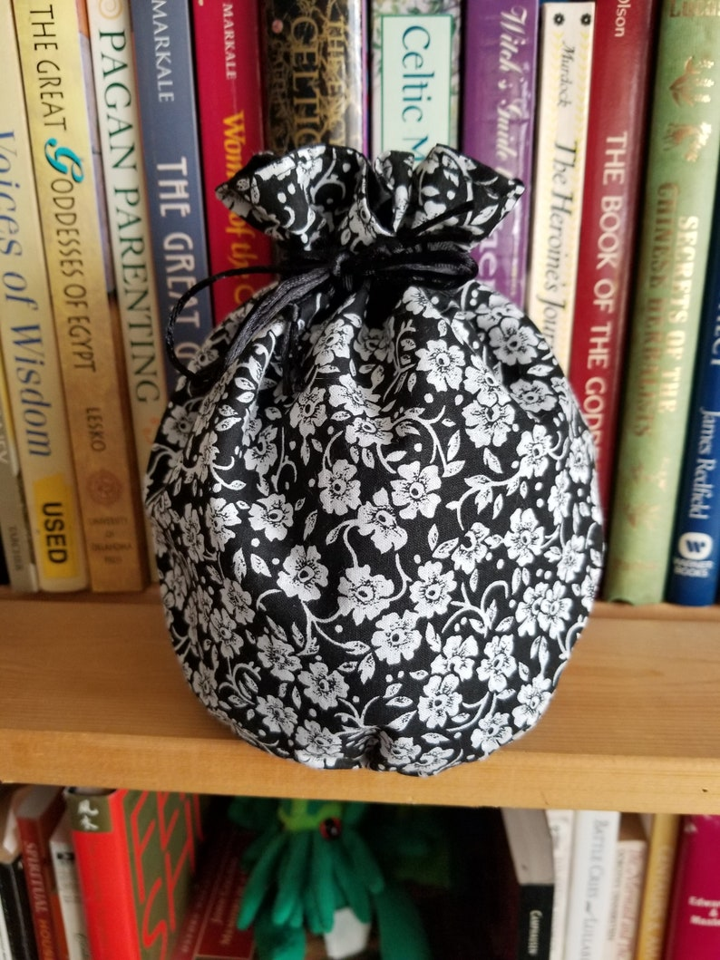 My Pretty Dice Bag   Gothic Floral Edition image 0