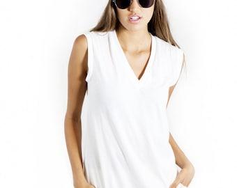 Organic Womens Vneck Tee, handmade shirts, organic cotton shirts, womens organic tops, vneck tops, cotton tops, cotton shirts