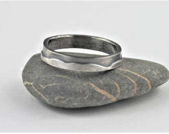 Mountains sterling  4mm ring