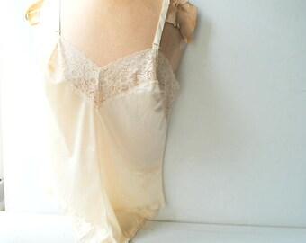 028abafb2 Vintage mint garter
