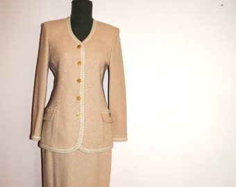 4065287b3b Luxurious vintage 80s, beige boucle knit , classy suit: long jacket and  skirt. St.John collection by Marie Gray. Size 8.