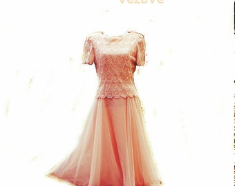45df8f00a5fc Glamour vintage80s pastel pink maxi dress with a scalloped french lace top.  Made by After dark. Size 8.