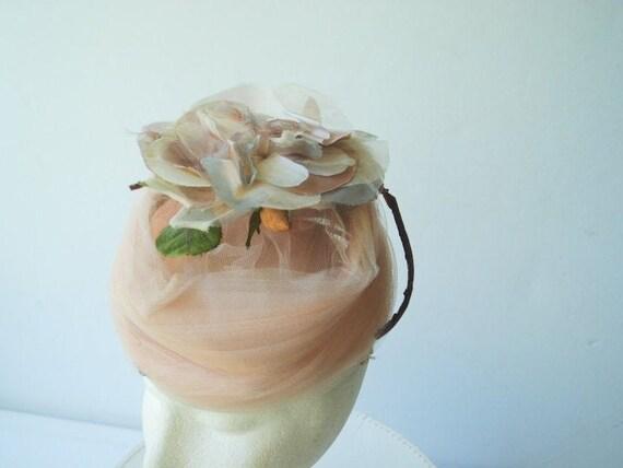 Glamour vintage 50s , dusty rose net lace fascina… - image 7