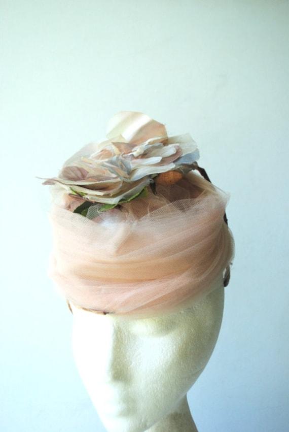 Glamour vintage 50s , dusty rose net lace fascina… - image 9