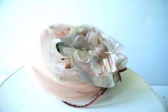 Glamour vintage 50s , dusty rose net lace fascina… - image 4