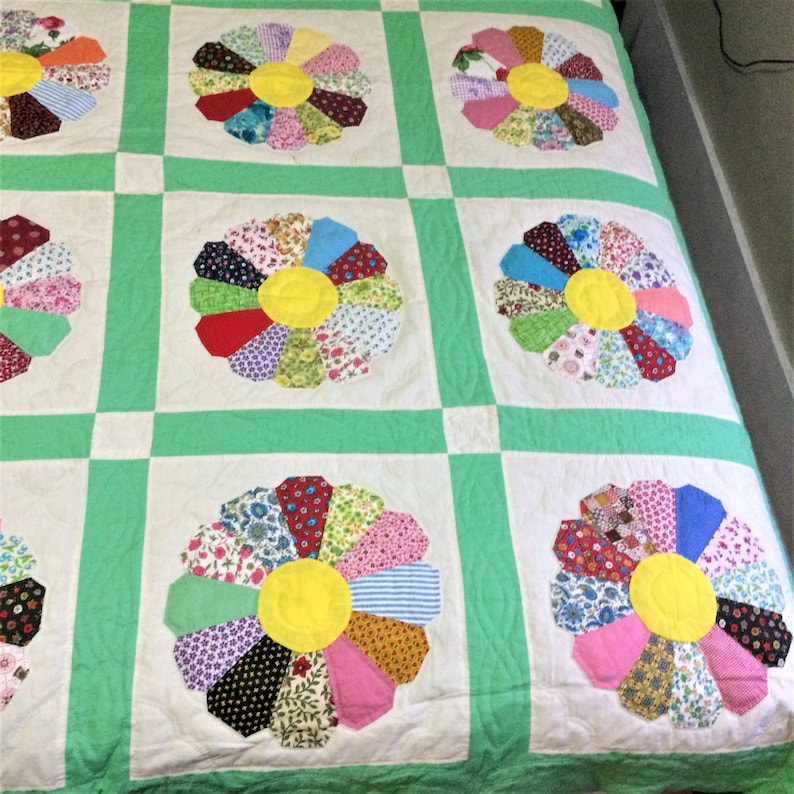 Top is Machine Stitched. It Measures 88 by 72 Inches Vintage Daisy Hand Made Quilt Green and White Blocks Are Hand Quilted and Finished