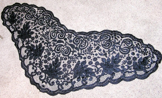Antique Victorian Mourning Shawl or Mantilla